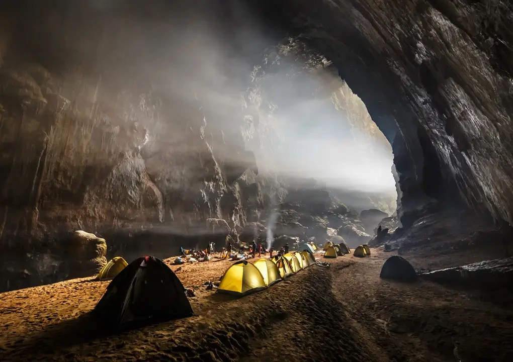 Largest Cave World 1