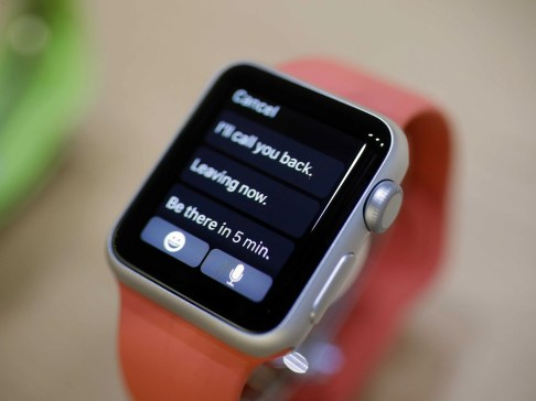 Apple Watch iMessage reply options via Business Insider