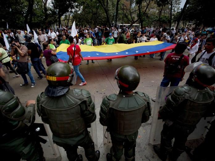 Venezuela Colombia deportations protests