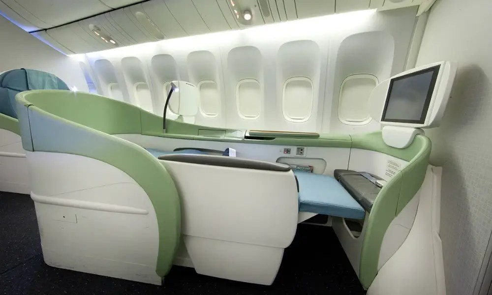 The Worlds 10 Most Luxurious Plane Cabins Business Insider