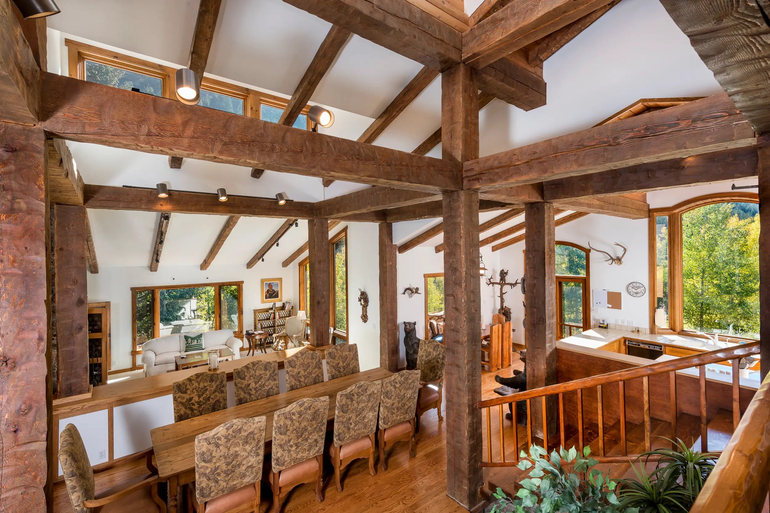 Exposed beams give it a rustic vibe.
