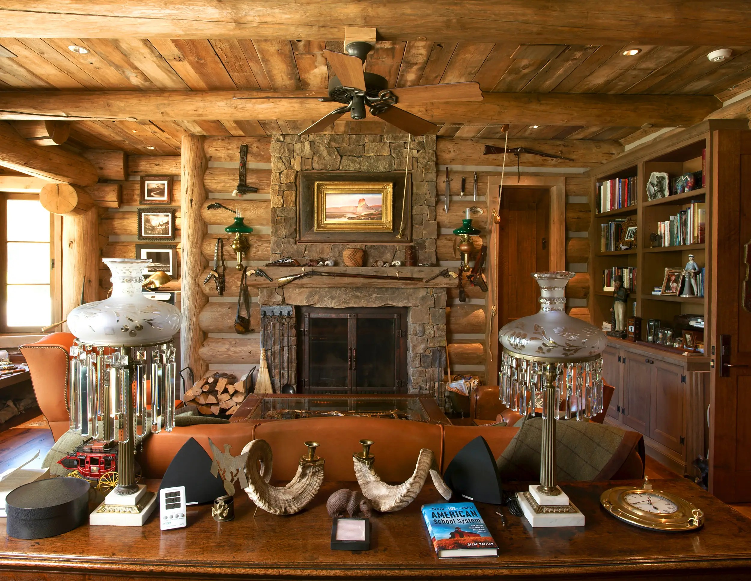 The lodge is decked out in rustic style, with all of the accoutrements you'd expect of a traditional log cabin.