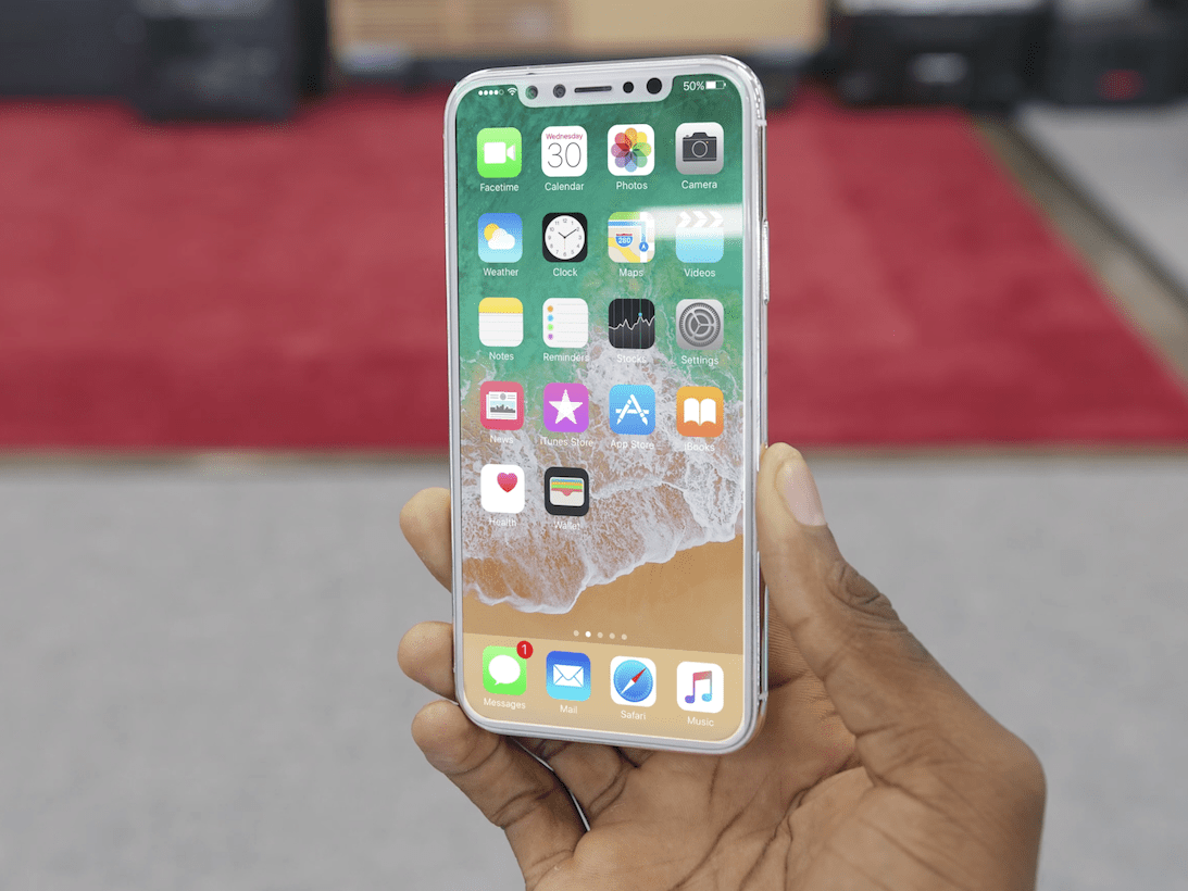 Brownlee edited the iOS 11 home screen onto the dummy model using Adobe's After Effects software to see what the phone might look like while powered on.