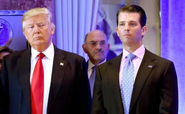 Donald Trump along with his eldest son, DonalD Jr.