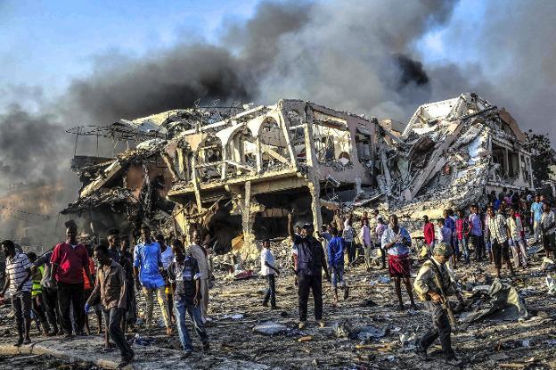 Resultado de imagen para 230 muertos atentado