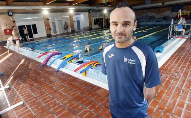 Ricardo Ten, en la piscina cubierta de Campanar.