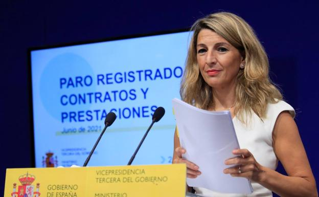 The Minister of Labor, Yolanda Díaz, this Friday during the presentation of the latest unemployment data.