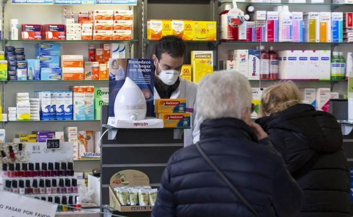 Una farmacéutica y cuatro técnicos en farmacia en cuarentena por  coronavirus en León | Leonoticias