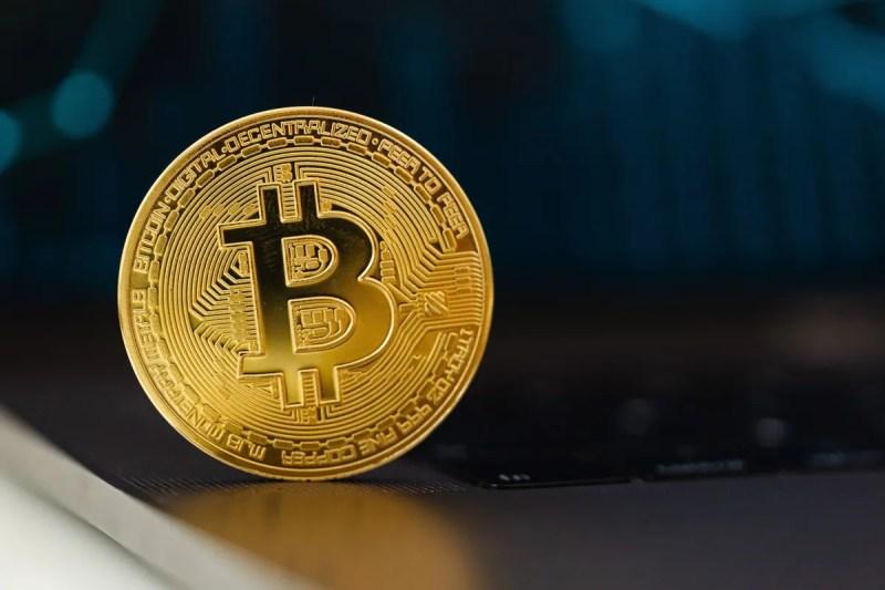 Bitcoin & Co: ecco cinque criptovalute su cui puntare