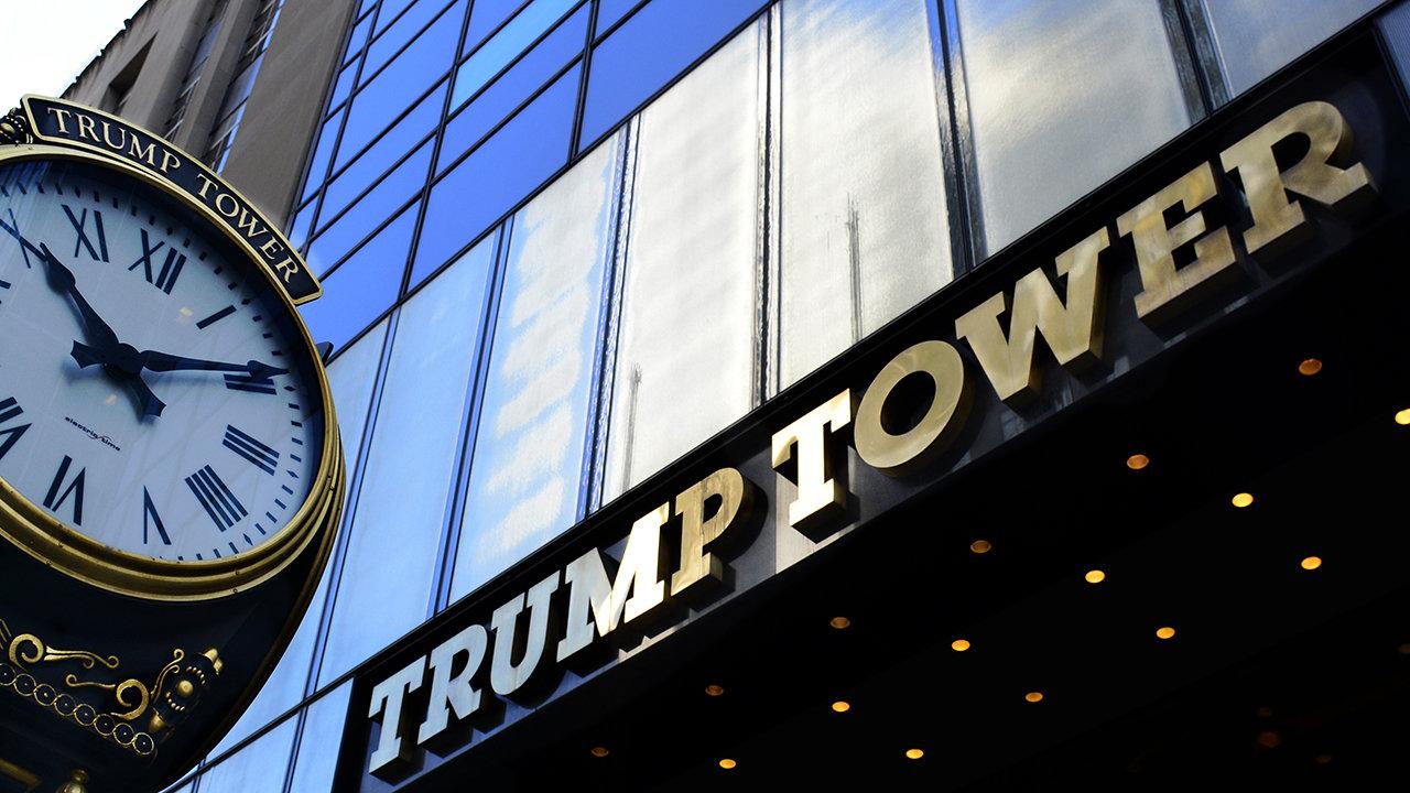 Manhattan Duplex Below President Trump's Apartment Hits ...