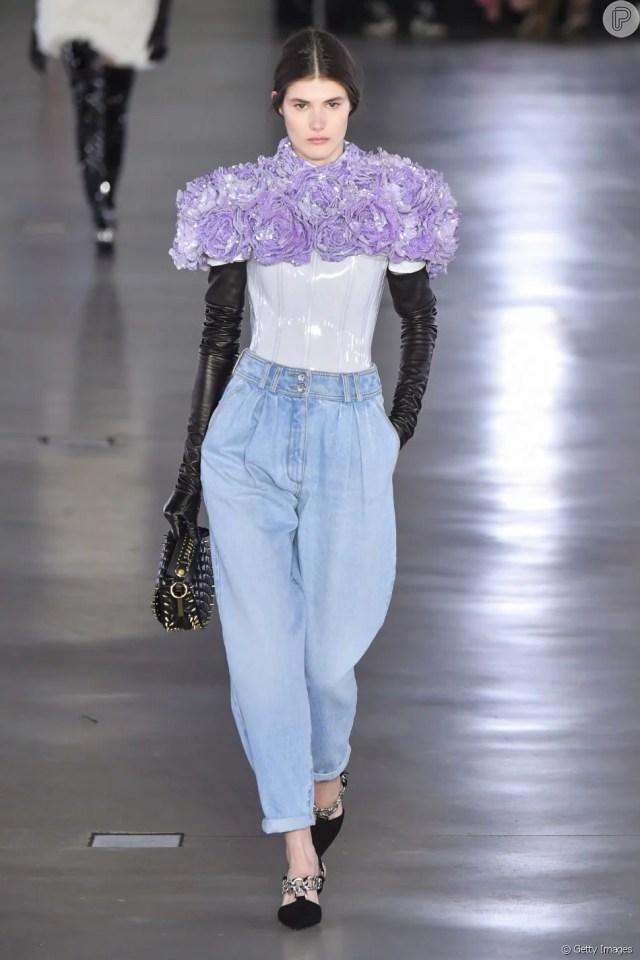 Jeans com modelagem baggy da Balmain