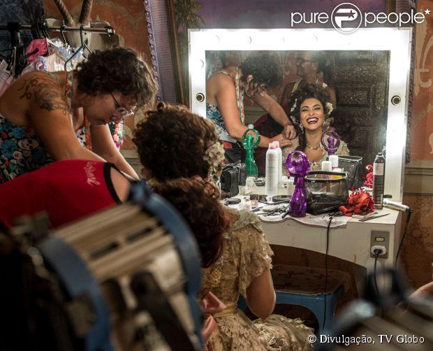 Juliapana Paesconta detalhes dos bastidores de 'Meu Pedacinho de Chão', em junho de 2014