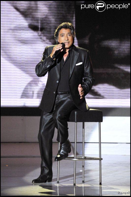 Frédéric François lors de l'enregistrement de l'émission Vivement Dimanche spéciale Italie diffusée le 1er mai 2011