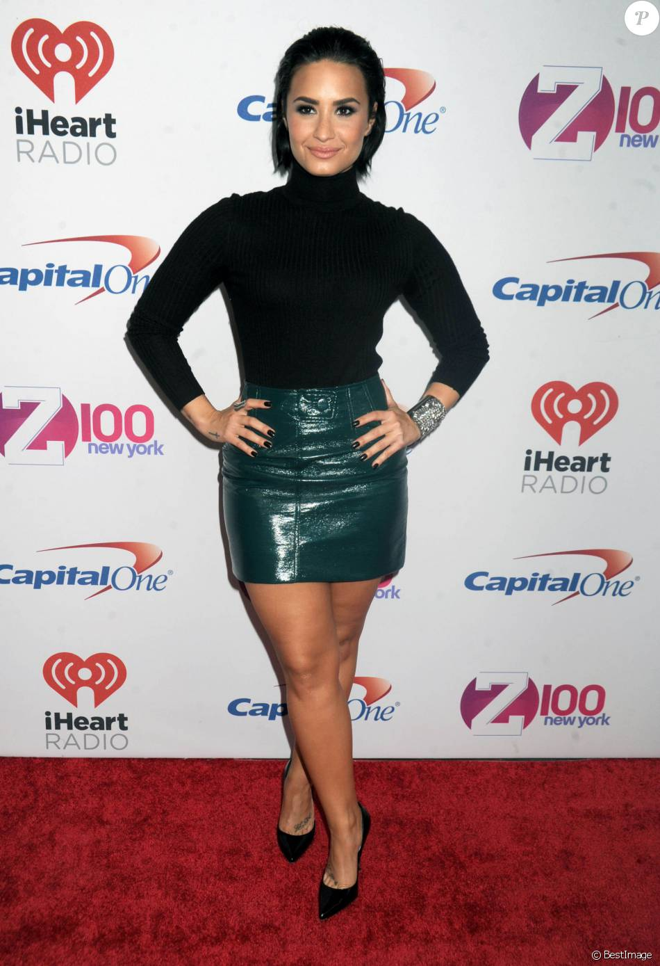 "Demi Lovato - People à la soirée ""Z100's iHeartRadio Jingle Ball 2015"" à New York, le 12 décembre 2015."