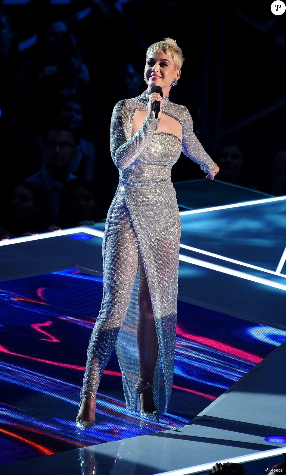 Katy Perry, présentatrice des MTV Video Music Awards 2017 au Forum, à Inglewood. Le 27 août 2017.