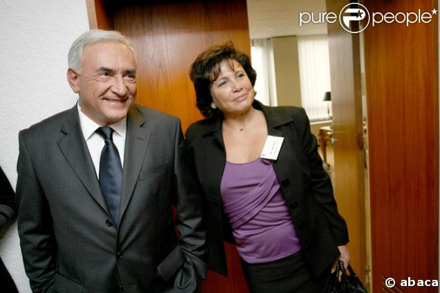 https://i1.wp.com/static1.purepeople.com/articles/4/52/34/@/17784-anne-sinclair-et-dominique-strauss-kahn-637x0-1.jpg