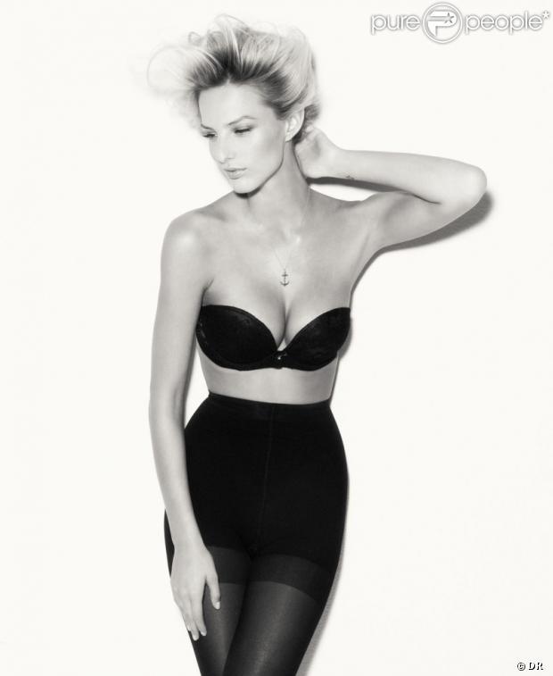 Michaela Kocianova ultra sexy en lingerie dans des clichés noir et blanc pour SUITEBLANCO.