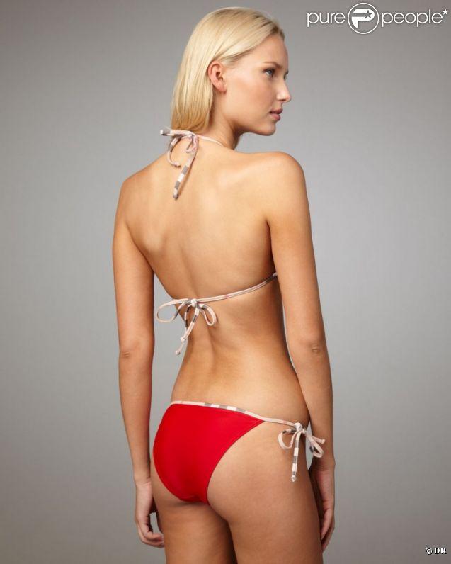 La sublime Adriana Cernanova pour les maillots de bain Neiman Marcus, été 2012.
