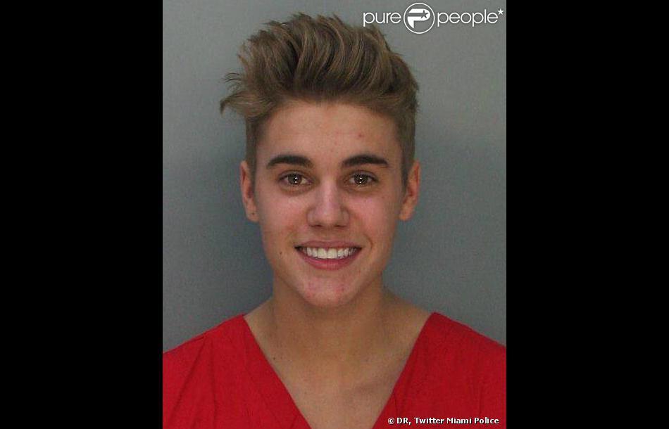 Le mugshot de Justin Bieber, arrêté à Miami pour conduite en état d'ivresse le 23 janvier 2014.