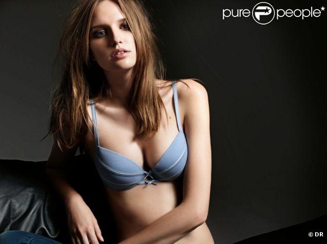 Alina Ilie, très sexy pour la marque de lingerie Verdissima.