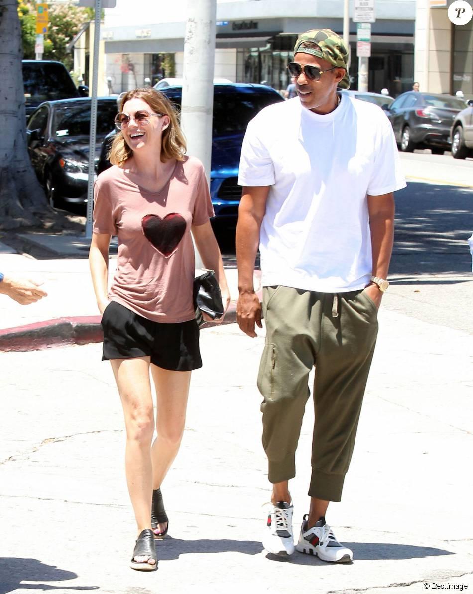 Ellen Pompeo et son mari Chris Ivery reviennent d'un déjeuner avec des amis à West Hollywood le 13 juillet 2015.