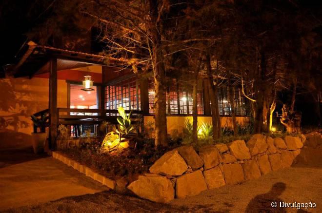O restaurante 2 Vales está localizado no coração da região serrana