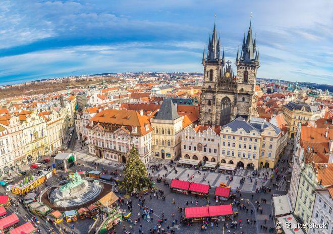 Praga, na República Checa é uma das cidades imperdíveis do Leste Europeu, tanto por suas atrações quanto por sua gastronomia deliciosa, com restaurantes de dar água na boca