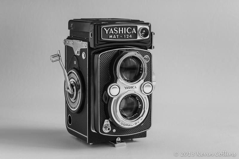 Yashica MAT-124