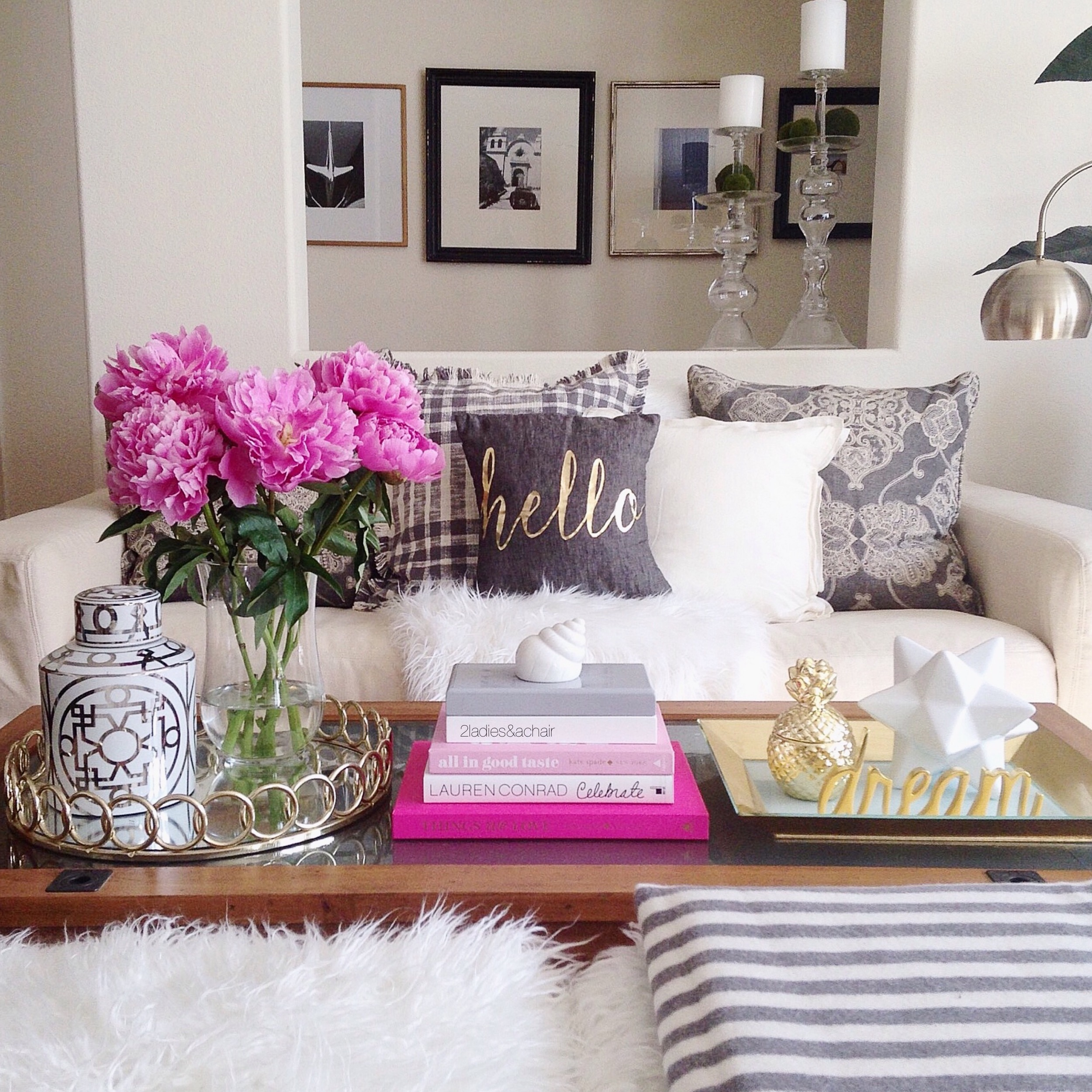 i like to follow 5 basic guidelines when decorating my coffee table this might help you too if you have ever had trouble deciding how to decorate your