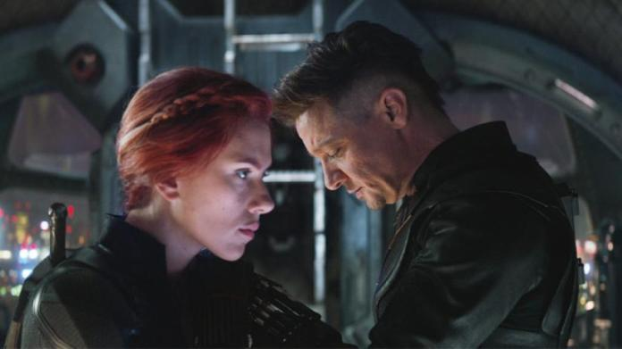 Jeremy Renner Confirms That the Original Black Widow/Hawkeye Scene Did in Fact Include Thanos — GeekTyrant