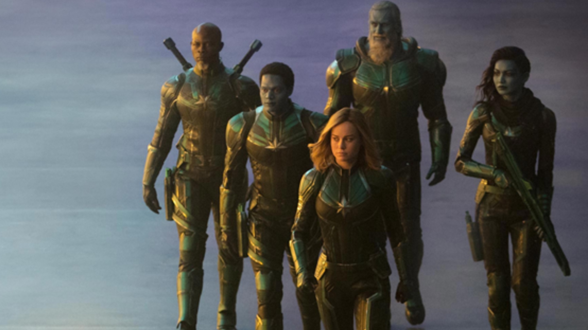 new captain marvel photos give us a closeup look at the noble