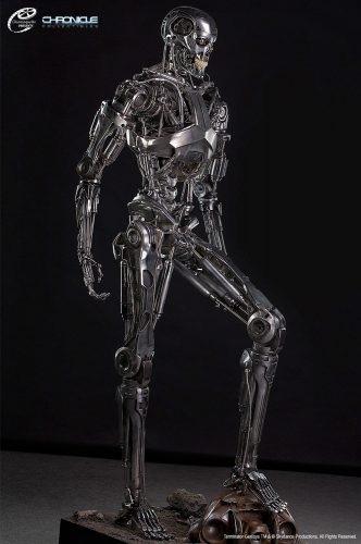 terminator+statue+1.jpg