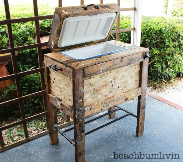 Rustic Cooler Box from Recycled Pallets — BeachBumLivin | Awesome ...