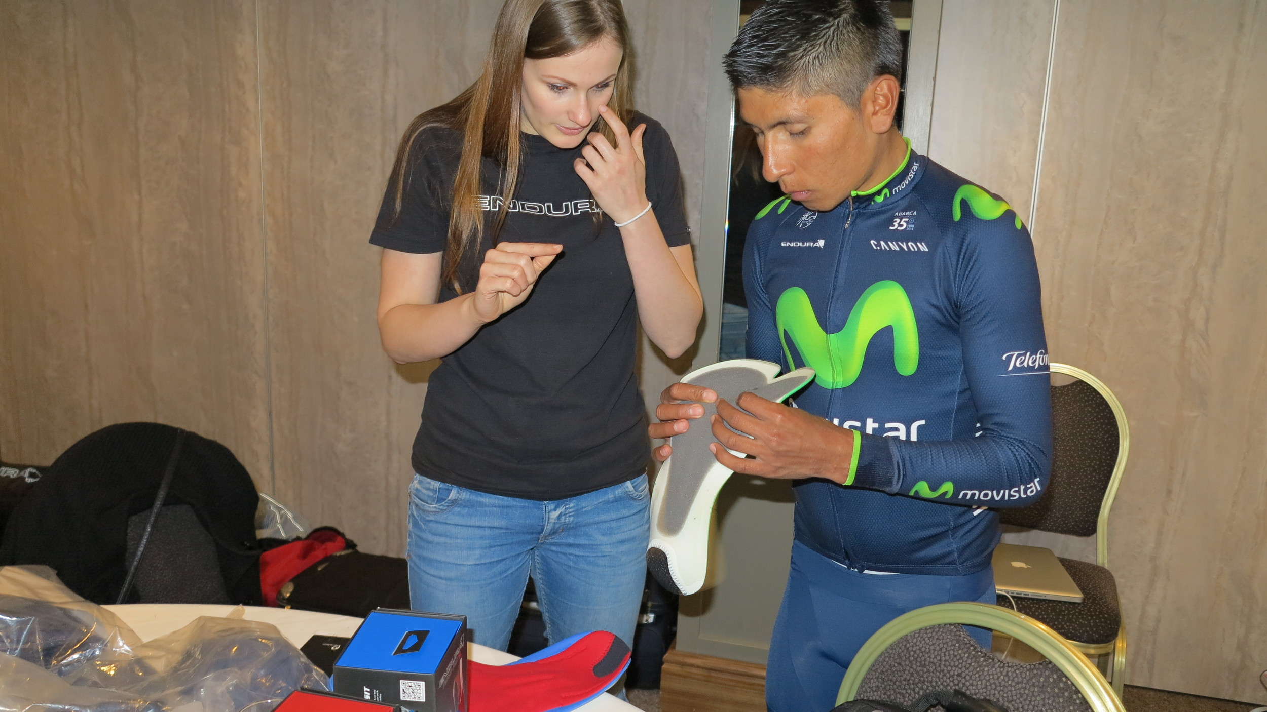 Quintana examines the three different pad sizes available each with their precision contoured shape.