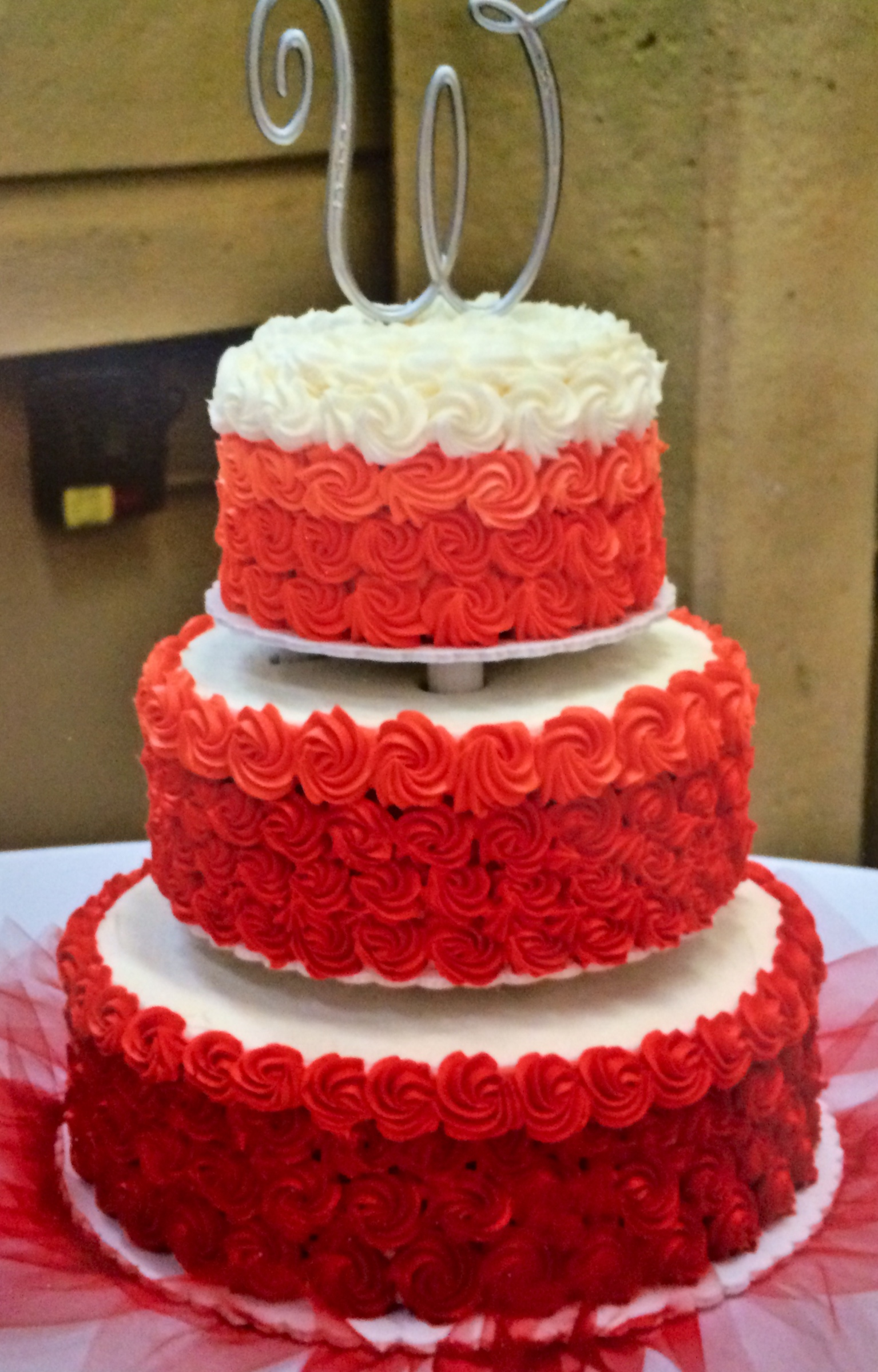 Wedding Cakes     WIXEY BAKERY RedOmbre weddingcake jpg