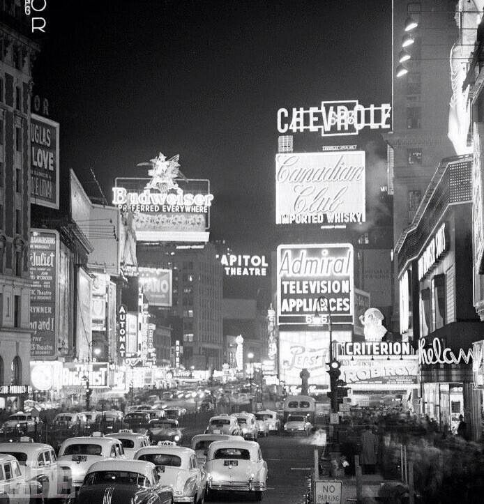 Times Square, 1954