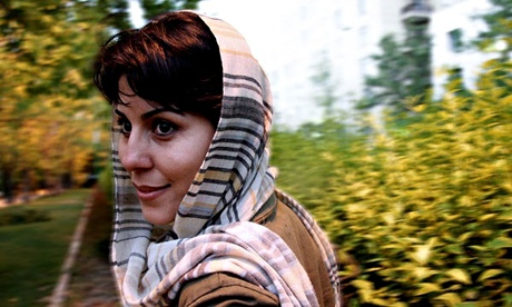 Documentary filmmaker, Mahnaz Mohammadi, has started a five-year jail sentence.