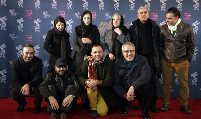 Rakhshan Bani-Etemad (standing, centre) with the cast of Tales