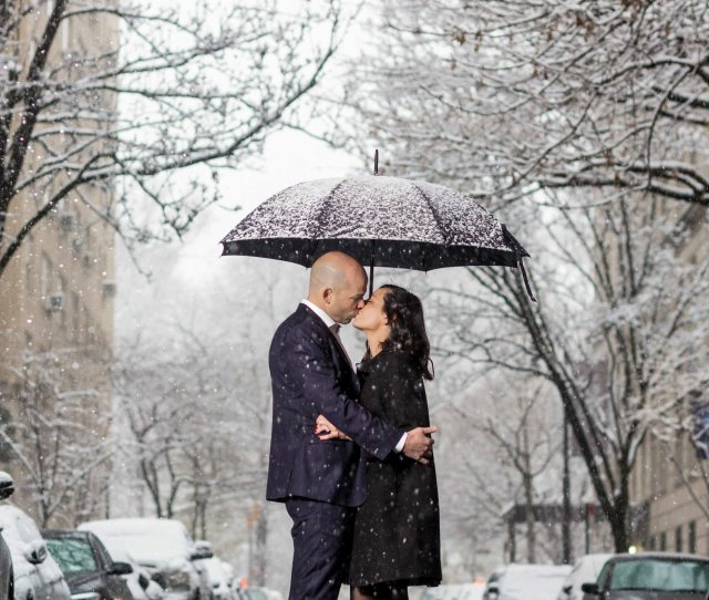 Snowy Central Park Engagement Nyc Jpg