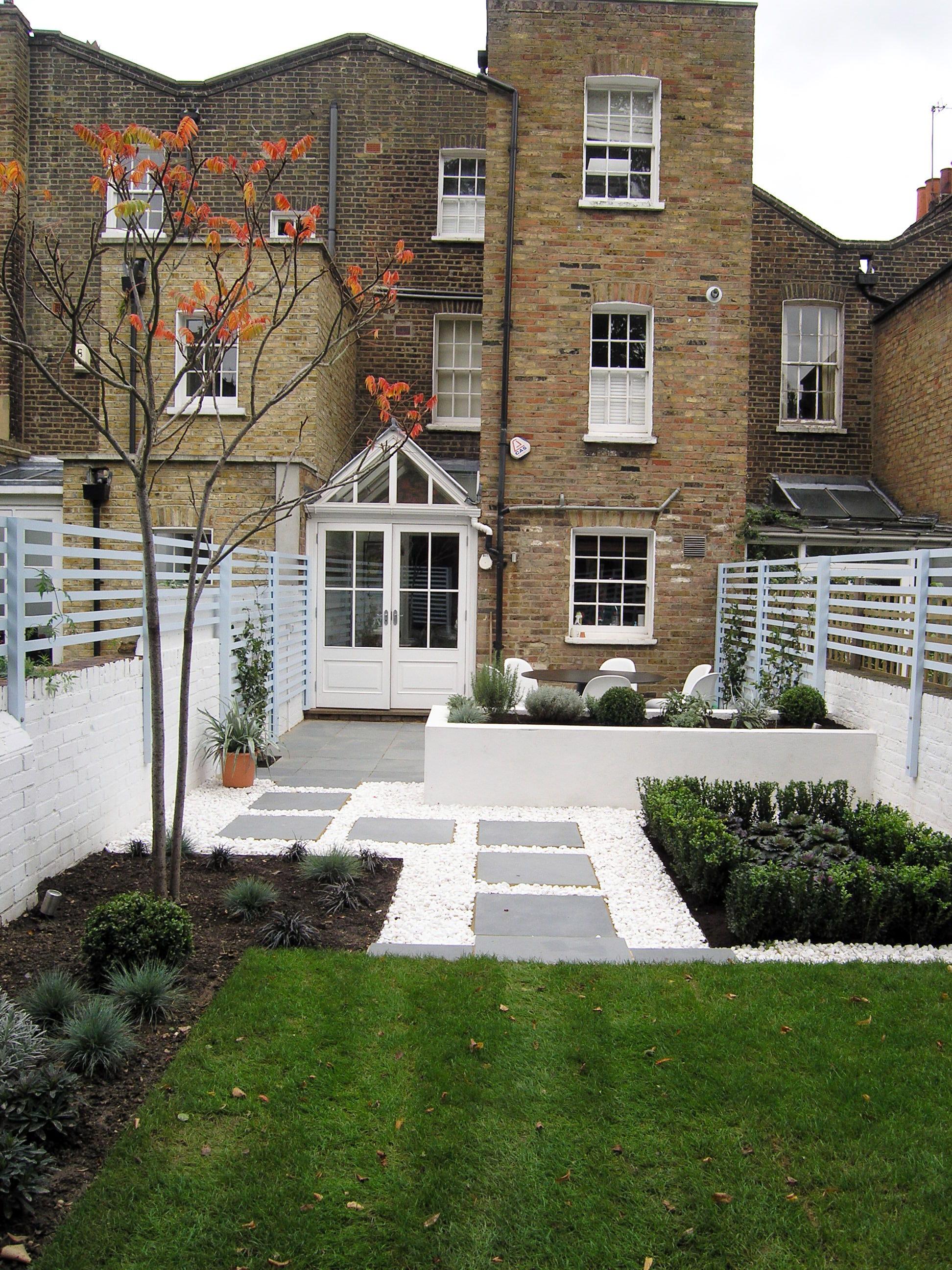 Contemporary back garden — Living Gardens on Modern Back Garden Ideas id=91813