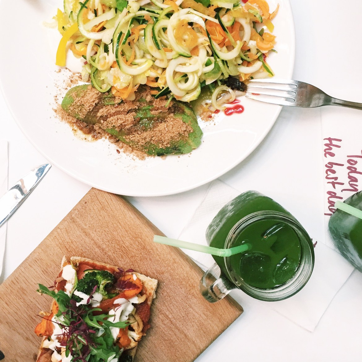 'Pizza' and 'Avocado Salad' for Lunch with Alkaliser Juice.