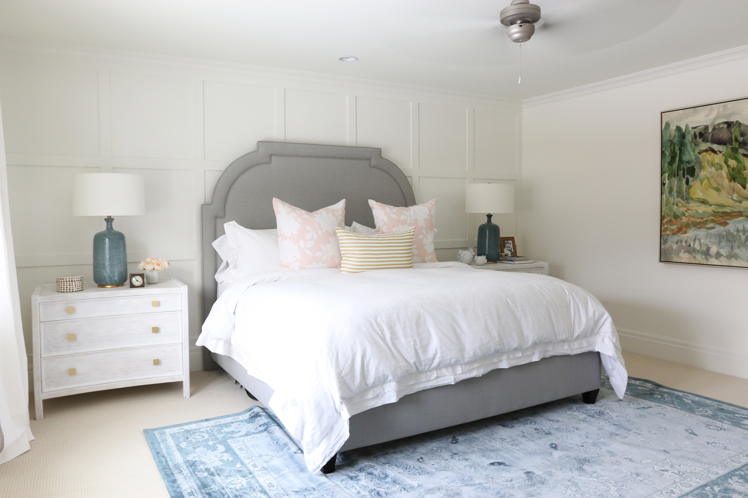 Rooms With Light Gray Walls