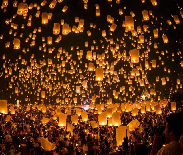 Night Sky Lanterns Desktop Wallpaper 1024x576 Jpg