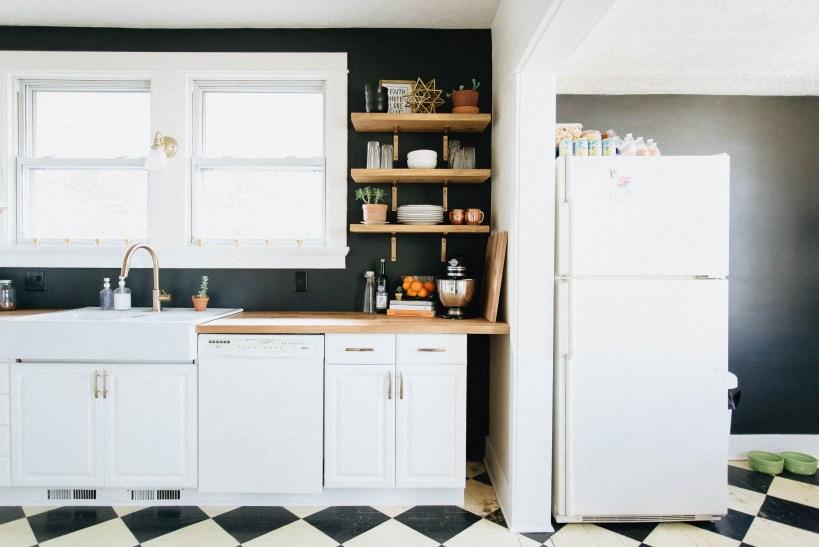 Pintura negra para las paredes de la cocina