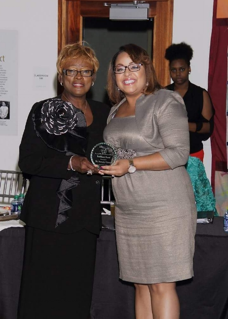First Lady LaToya Bell with IAMWMW President Beverly Glover                           photo credit: KC's Portraits Ken Riddick