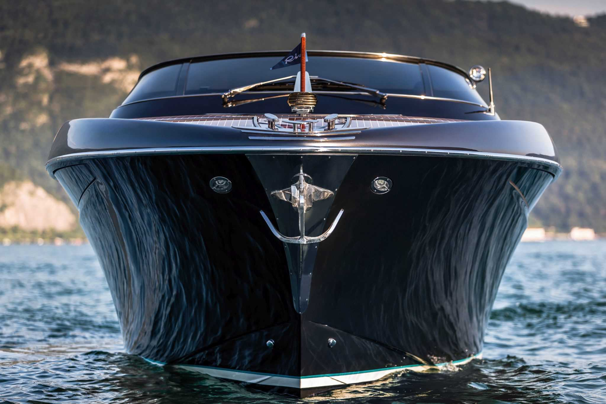 Rivamare Fall In Love With A New Icon From Riva Yachts