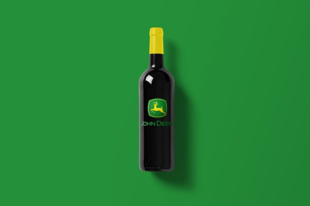 Wine-Bottle-Mockup_jhon.jpg