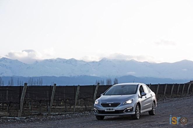 Nuevo+Peugeot+408+%2819%29+%28Copiar%29