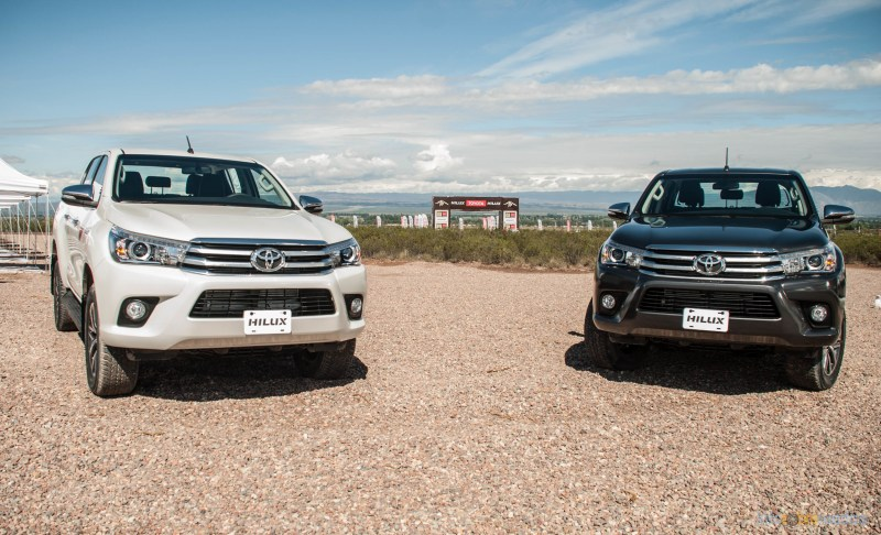 Contacto: Toyota Hilux 2016 25