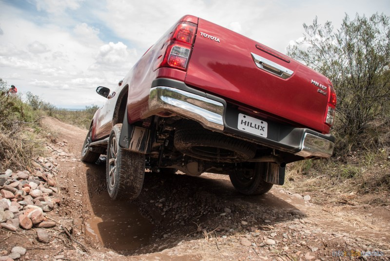 Contacto: Toyota Hilux 2016 55